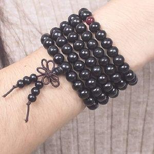 Mala sandalwood beaded bracelet/necklace